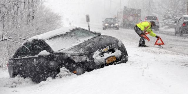 Svarbiausi žingsniai ruošiant automobilį žiemai: vien apie padangas galvoti nepakanka