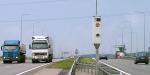 Kas skatina vairuotojus viršyti greitį?